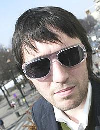 """- Thom har skrevet noen flotte sanger denne gangen, mener Radiohead-bassist Colin Greenwood om materialet på bandets sjette studioalbum. Mandag utgis singelen """"There There"""". Foto: Erik Johansen / SCANPIX."""