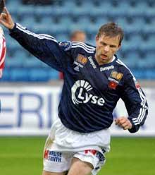 Vikings Kristian Sørli etter å ha skåret mål mot Lyn i første omgang. Foto: Knut Fjeldstad /Scanpix)