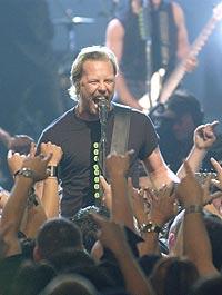 James Hetfield of Metallica ga en overraskelseskonsert. Foto: Robert Mora / Getty Images.