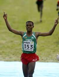 Kenenisa Bekele vant VM i terrengløp i mars, men i Paris er han bare påmeldt på 10.000 meter