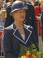 Dronning Sonja var også i Ålesund under åpninga av Jugendstilsenteret.
