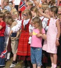 Over 9000 små og store feiret Hamar Bispedømmes 850-årsjubileum på søndag.