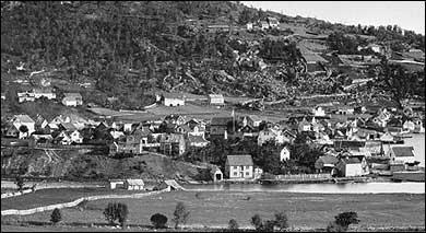 Sogndalsfjøra på 1880-talet. (Foto © Fylkesarkivet)