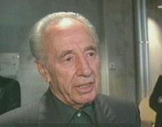 Utenriksminister Shimon Peres avviser at en plan om å knuse det palestinske selvstyret er diskutert.