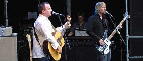 Johnny Hide og Per Amund Solberg, Number Seven Deli, NW 2003. Foto: Arne Kristian Gansmo, NRK.