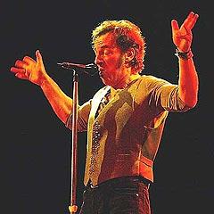 """Bruce Springsteen fikk sitt gjennombrudd med albumet """"Born to run"""". Foto: Getty Images."""
