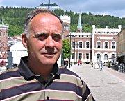Sverre Løvåsdal