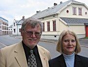 Tore E. Hansen (AP) og Kine Langum (Bylista).