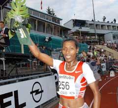 Berhane Adere fra Etiopia vant 5000 meter på Bislett i år. (Foto: Cornelius Poppe / Scanpix)