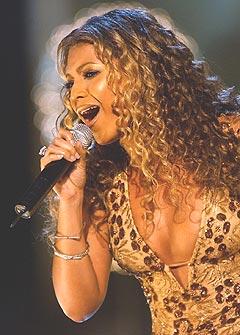 Beyonce Knowles har ingen ambisjoner om å bli en gammel dame i showbiz. Foto: AP Photo / Stephen Chernin.