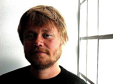 Martin Revheim har ingen planer om å flytte ut av Quart-skyggen. Foto: Arne Kristian Gansmo, NRK.no/musikk.