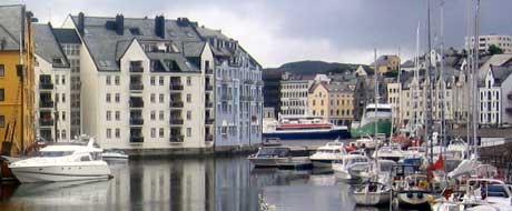 Flyttingen av Kystidirektoratet til Ålesund har vært suksessfylt. Arkivfoto: NRK.