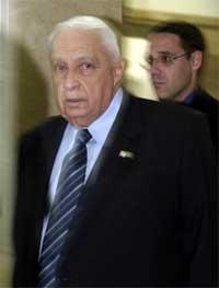 I fjor var det Ariel Sharon som skapte ekstra hodebry for festivalen. Foto: Jim Hollander, AP.