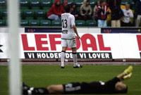 Stabæks keeper måtte kapitulere tre ganger mot Sogndal. Her jubler Alexander Ødegaard etter sitt mål. (Foto: Knut Fjeldstad / SCANPIX )