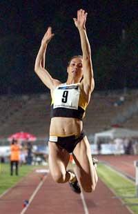 Maureen Higa Maggi er utestengt for dopingmisbruk.(Foto: AP/Scanpix)