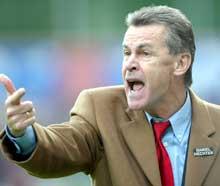 Ottmar Hitzfeld har størst tro på sin gamle klubb - i likhet med mange andre. (Foto: AP / SCANPIX)