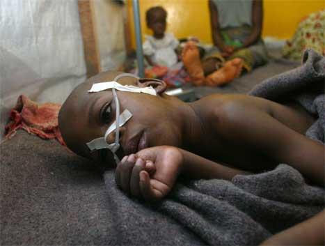 Det er dei sivile, og særleg borna, det går verst utover i borgarkrigen i Liberia. (Foto: Luc Cnago, Reuters=