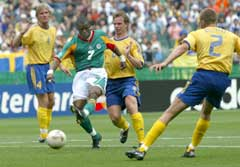 Henri Camara scoret vinnermålet mot Sverige i VM i 2002. (Foto: AP/Scanpix)