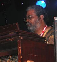 Marvell Thomas er bror av Carla Thomas og ledet det gode bandet. Foto: Per Ole Hagen