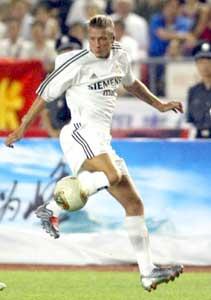 David Beckham i aksjon for Real Madrid. (Foto: AP / Scanpix)