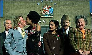 Archie og Clara gifter seg