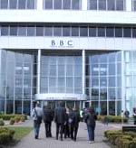 I BBC-programmet kom det fram skarp kritikk mot selskapets håndtering av saken.