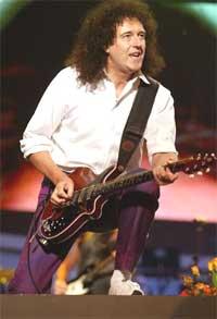 Brian May vil ut og farte igjen. Foto: queenzone.com.