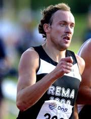 Første dag av NM i friidrett startet fredag i Fredrikstad. Tidligere OL-vinner Vebjørn Rodal deltok på 800-meteren, men havnet langt ned på resultatlisten. (Foto: Scanpix/Ola A. Thorset)
