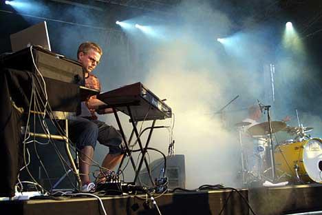 Reidar Skår spiller synther i Molværs band. Foto: Arne Kristian Gansmo, NRK.no/musikk.