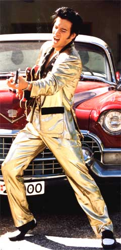 I 30 timer i strekk skal Kjelvis synge Elvis. Det er verdensrekord. Foto: Promo.