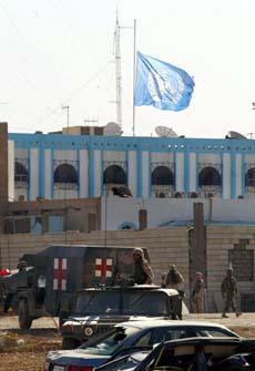 Over 20 ble drept i angrepet mot FN-hovedkvarteret i Bagdad. (Foto: AFP/Scanpix)