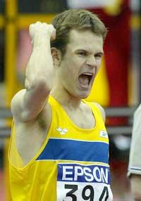 Stefan Holm vant VM-gull innendørs i mars i år. (Foto: AP/Scanpix)