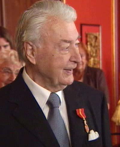 Gunnar Eide visste ikke at mottagelsen var for ham, da han kom til Grand Hotell.