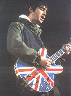 Noel Gallagher selger plater i hjemlandet igjen.