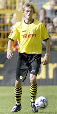 Andre Bergdølmo og de andre Dortmund-spillerne har fått beksjed om å prestere. (Foto: AP/Scanpix)