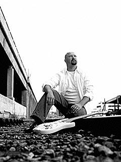 Neste gang Ole Staveteig kommer med ny plate er det bare egne låter. Foto: Promo.
