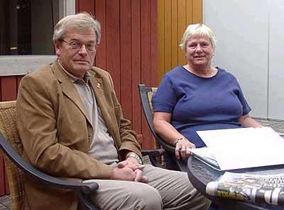 Arne Øren er mest spent på valgdeltagelsen, mens Ingrid Willoch håper valget i september blir det siste fylkestingsvalget .
