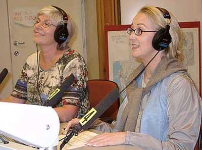 Irene Grimsby (Sp) og Åse Hammerhei (Ap) er ordførerkandidater i Hobøl. Torsdag møttes de til debatt.