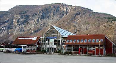 (Foto: Arild Nybø, NRK © 2003)