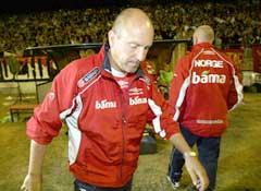 Nils Johan Semb etter Bosnias scoring. (Foto: Tor Richardsen / SCANPIX)