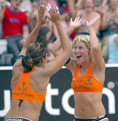 Kanskje kan det bli jubel også i OL for Ingrid Tørlen og Nila Håkedal.
