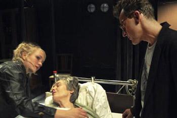Ragnhild Hilt, Birgitte Larsen og Hans Rønningen. Foto L.Gabrielsen