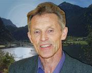 Norddalsordfører Arne Sandnes skryter av den nye fergeruta mellom Valldal og Geiranger.
