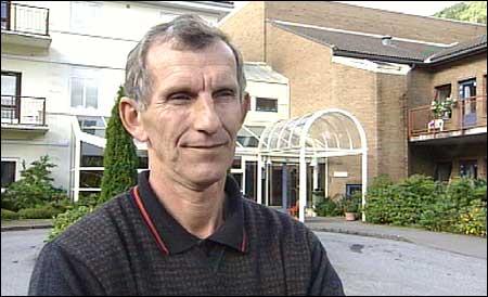 Gunvald Ludvigsen er listetoppen til Venstre i Sogn og Fjordane framfor Stortingsvalet i 2005. (Foto: Arild Nybø, NRK)