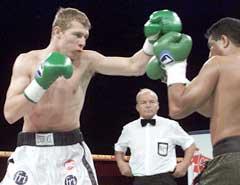 Anders Styve i kamp mot amerikanske Alex Lubo for snart to år siden. (Foto: Bent K. Rasmussen / SCANPIX)