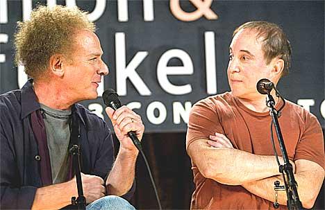 Tirsdag 9. september annonserte Simon & Garfunkel sitt comeback. Foto: Jeff Christensen / Reuters.