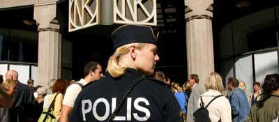 Utenriksminister Anna Lindh ble drept i kjøpesenteret Nordiska Kompaniet i september. (Arkivfoto)