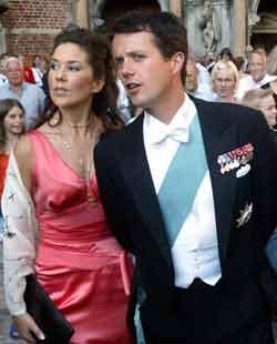 Mary Donaldson og kronsprins Frederik fotografert i København. Foto: Keld Navntoft, Scanpix