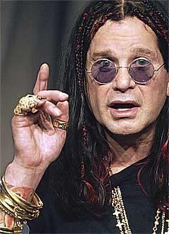 Kanskje vinner Ozzy Osbourne en Tony-pris? Foto: Damian Dovarganes / AP.