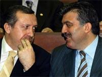 Tyrkias statsminister Tayyip Erdogan og utenriksminister Abdullah Gul. (Foto: Reuters/Scanpix)